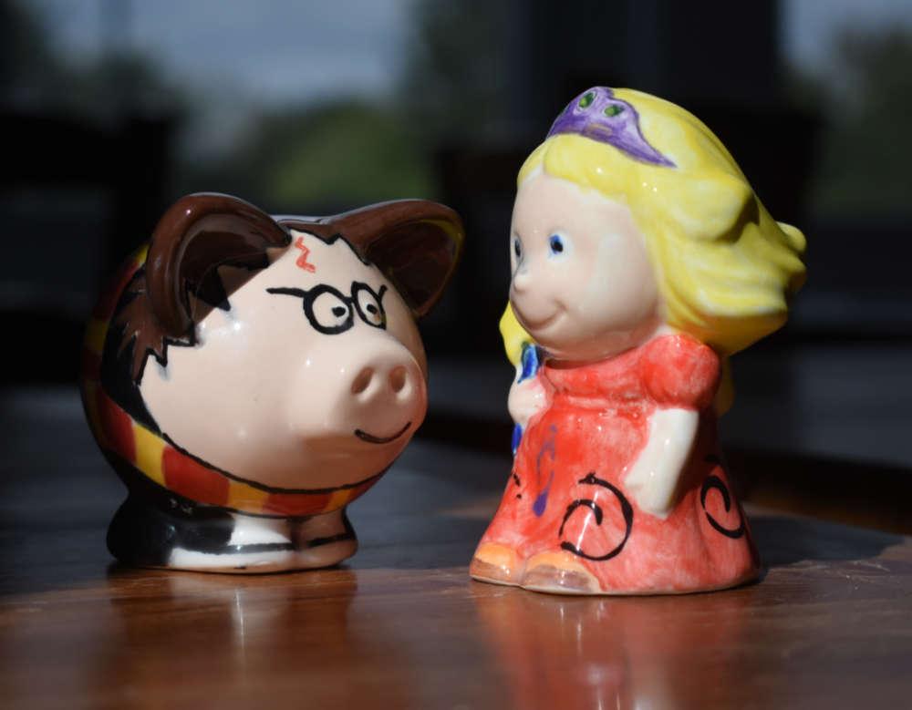 Tiny Tot Princess and Pig Collectible